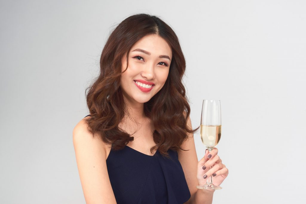 How Young Female Consumers are Becoming the Driving Force Developing China's Wine Market
